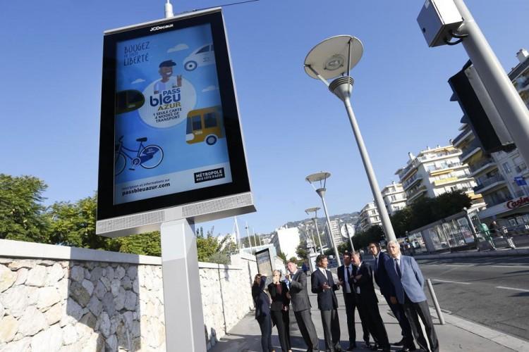 JCDecaux installe 30 mobiliers urbain prêts à accueillir des capteurs environnementaux en Métropole Nice Côte d'Azur