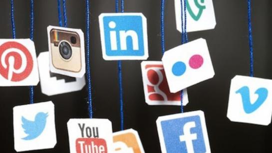 Facebook, Instagram, Snapchat, à quelle fréquence les jeunes visionnent des vidéos sur les réseaux sociaux ?