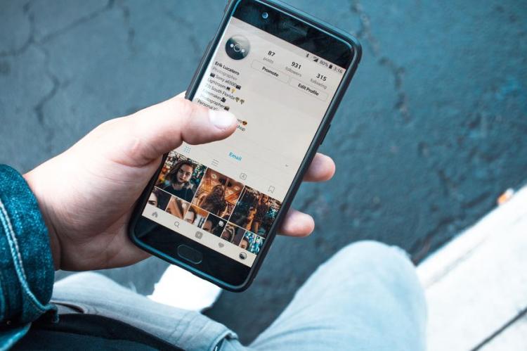 Instagram teste un fil d'actualité alternatif pour ne rater aucune publication