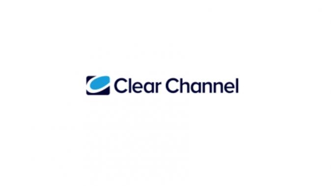 Jusqu'à +13% pour l'efficacité du souvenir publicitaire pour des campagnes DOOH intégrées dans des boucles de contenu d'après Clear Channel et iligo
