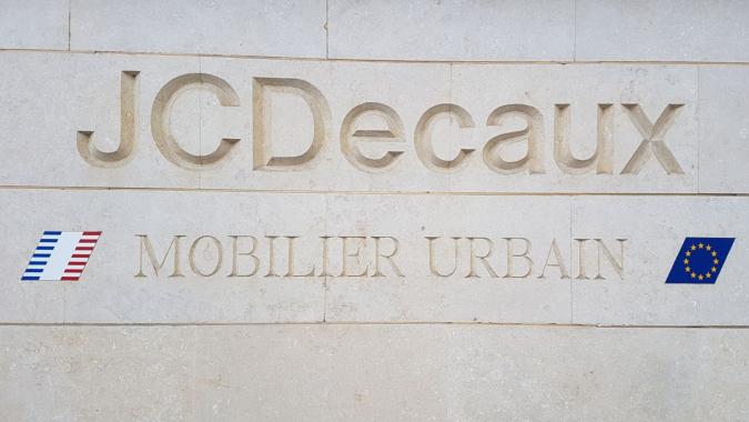JCDecaux rachète Abri Services Media